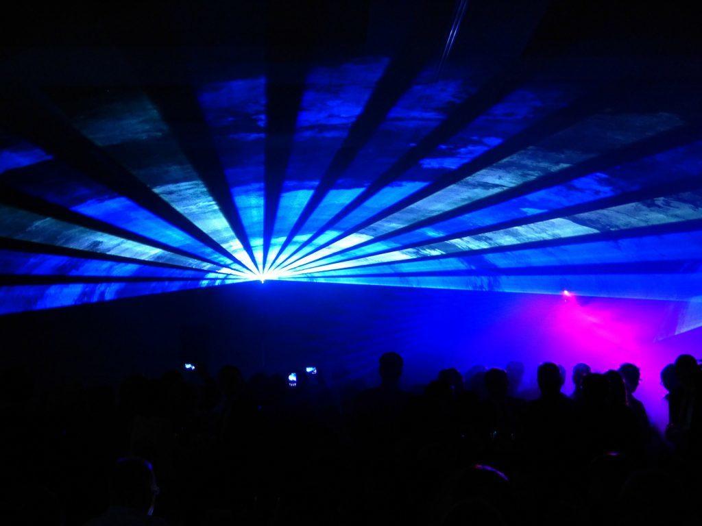 Lasershow als Alternative zum Feuerwerk